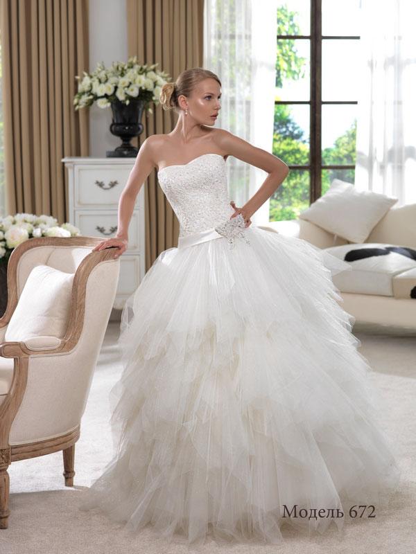Свадебные платья с рваной юбкой